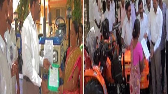 முதலமைச்சர் ஜெயலலிதா உத்தரவுப்படி,ராமநாதபுரம் மாவட்டத்தைச் சேர்ந்த விவசாயிகளுக்கு மினி டிராக்டர், பவர் டில்லர் வழங்கப்பட்டன