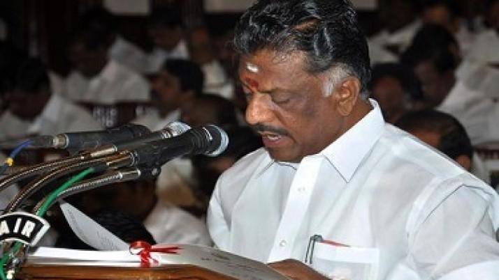 ஐல்லிக்கட்டை சட்டபூர்வமாக நடத்த முதல்வர் ஜெயலலிதா தொடர்ந்து முயற்சி:அமைச்சர் ஓ.பன்னீர்செல்வம் தகவல்