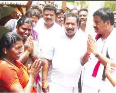 AriyalurJayankondam-seats-Digg-The-candidates-began