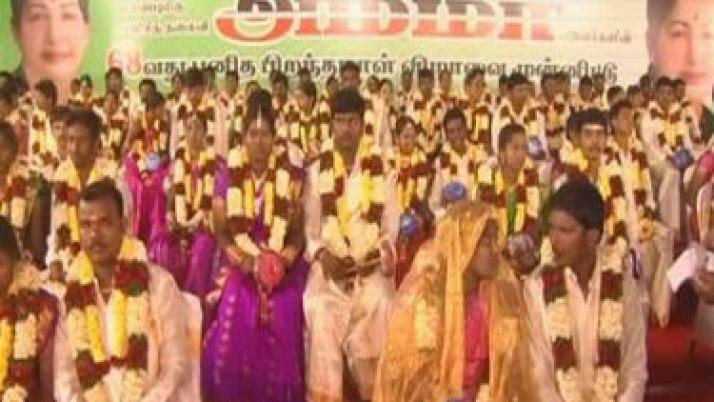 முதலமைச்சர் ஜெயலலிதா பிறந்த நாளை முன்னிட்டு,கோவையில் 68 ஜோடிகளுக்கு சீர்வரிசைகளுடன் திருமணம்