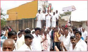 தளி தொகுதியில் அ.தி.மு.க. வேட்பாளர் தேர்தல் பிரசாரம்