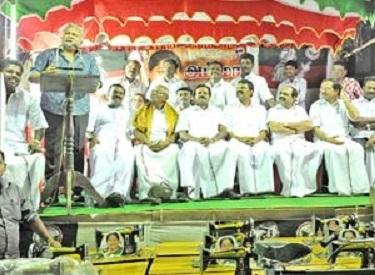 தேர்தல் நேரத்தில், கொடி தோரணம் கட்டுபவர்களுக்கு இருக்கும் முக்கியத்துவம் தான் விஜயகாந்துக்கும் இருக்கிறது : நடிகர் ராதாரவி பேச்சு