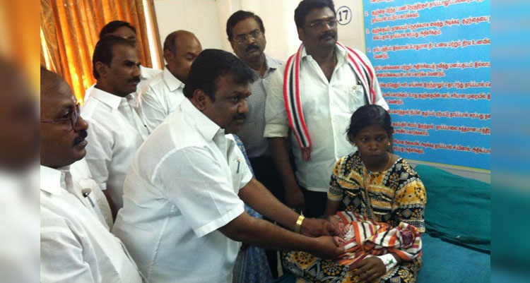 Achiv-AMMA-Bday-CELEBRATION-At-GOVT-HOSPITAL