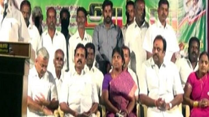 பல்வேறு மாவட்டங்களில் முதலமைச்சர் ஜெயலலிதாவின் சாதனைகளை விளக்கும்  தெருமுனைப் பிரச்சாரம் மற்றம் சாதனை விளக்கப் பொதுக்கூட்டங்கள்