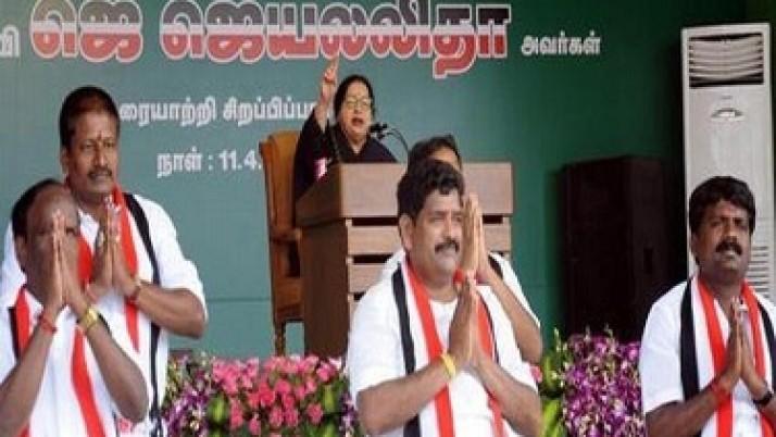 விருத்தாசலத்தில் தேர்தல் பிரசார கூட்டத்தில் மதுவிலக்கு குறித்து முதல்வர் ஜெயலலிதா கூறிய குட்டிக்கதை