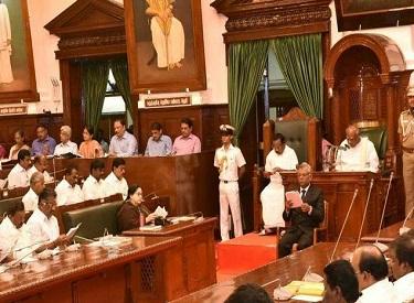 தொடர்ச்சியாக 2- வது முறையாக ஆட்சியை பிடித்த முதல்வர் ஜெயலலிதாவிற்கு ஆளுநர் ரோசய்யா பாராட்டு