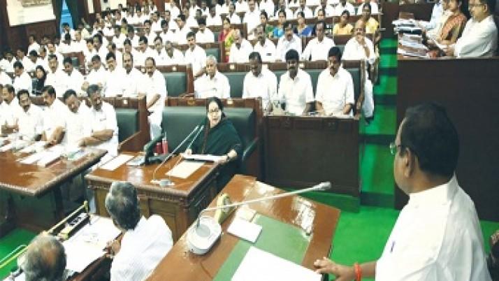 சபாநாயகர் தனபால் தராசு முள்ளைப் போல நடுநிலையுடன் செயல்படுவார் : முதல்வர் ஜெயலலிதா