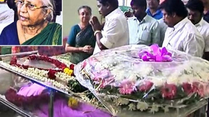 தமக்கு ஆசிரியராக இருந்த கேத்தரின் சைமன் மறைவுக்கு முதலமைச்சர் ஜெயலலிதா ஆழ்ந்த இரங்கல்