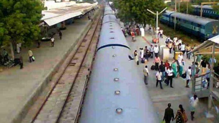 தூத்துக்குடி ரயில் நிலையத்தில் இருந்து, முக்கிய பேருந்து நிலையங்களுக்கு கூடுதல் அரசு பேருந்து சேவை தொடக்கம் ; முதலமைச்சர் ஜெயலலிதாவுக்கு பொதுமக்கள் நன்றி