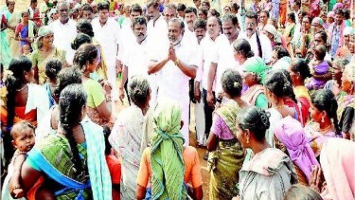 முதல்வர் ஜெயலலிதாவின் திட்டங்களால் தமிழகத்தில் பெண்களின் வாழ்க்கை தரம் உயர்ந்துள்ளது :அமைச்சர் கடம்பூர் ராஜூ