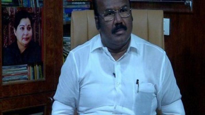 அதிமுகவின் கட்சித் தலைவர் முதல்வர் எடப்பாடி பழனிசாமிதான் : அமைச்சர் ஜெயக்குமார்